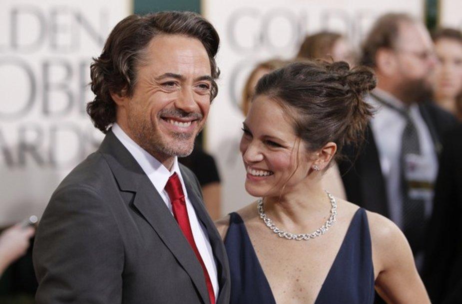 Robertas Downey jaunesnysis su žmona