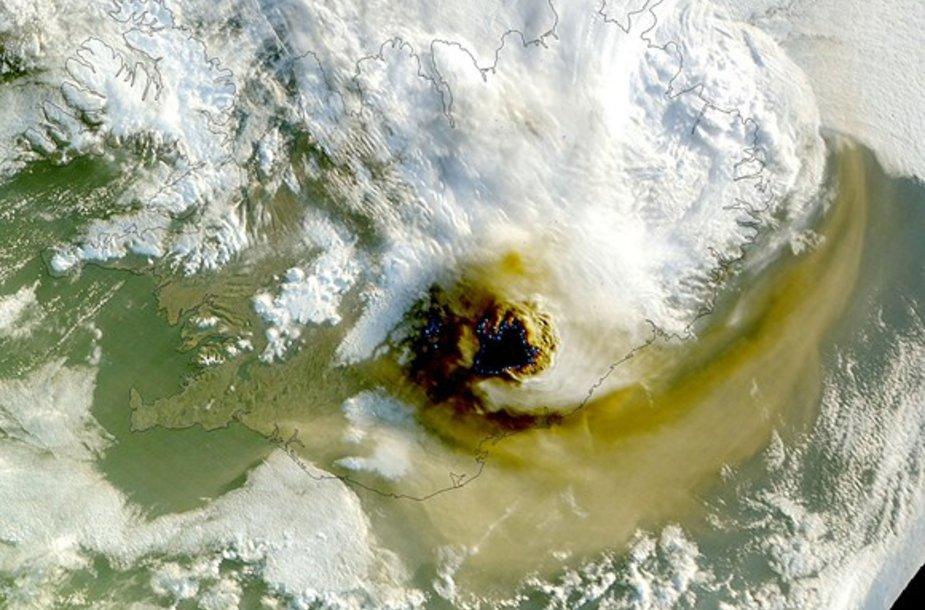 Grimsviotno ugnikalnio nuotrauka iš NASA palydovo