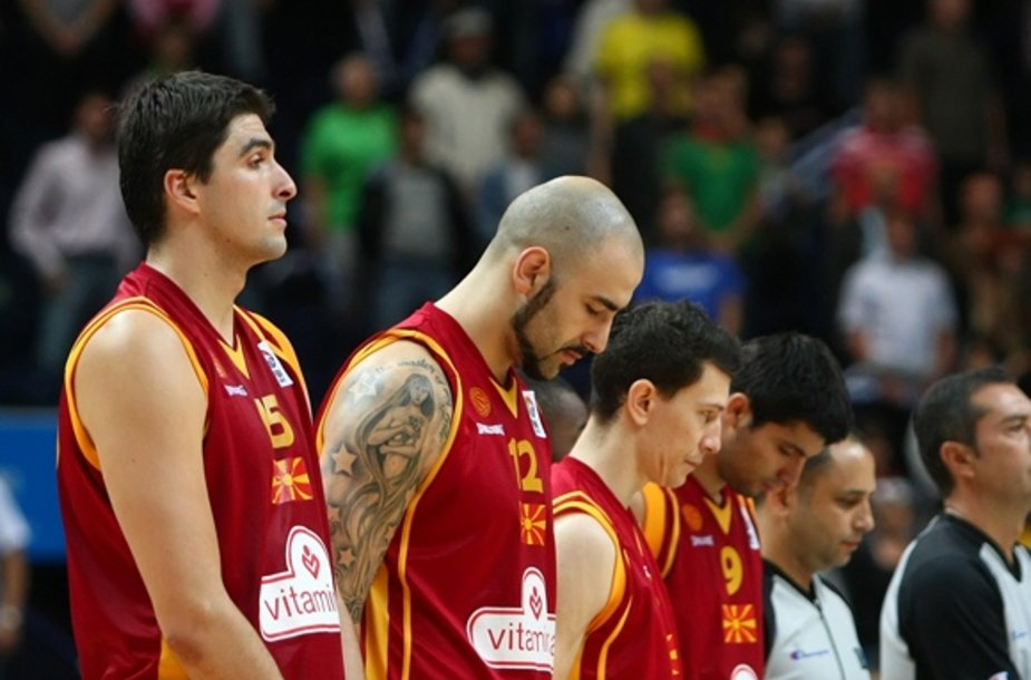 Makedonijos krepšininkai prieš rungtynes su Rusija