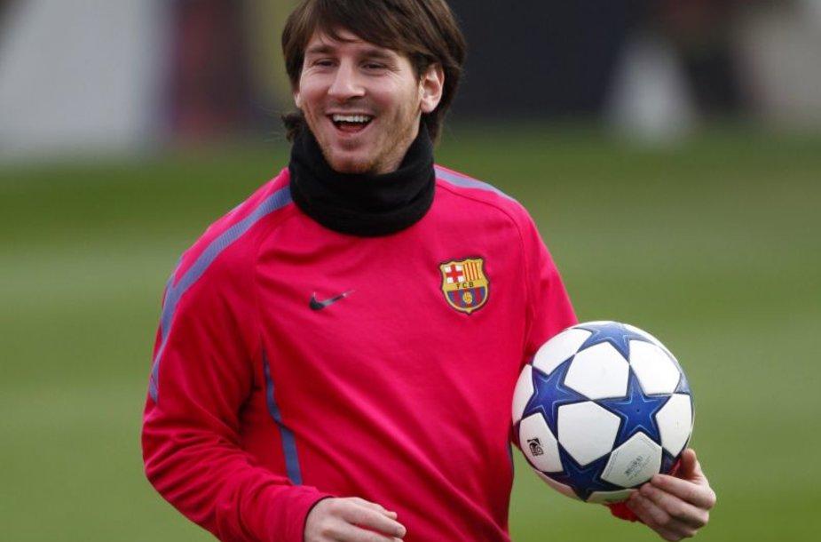 L.Messi vadinamas pagrindiniu favoritu laimėti šį titulą antrus metus iš eilės