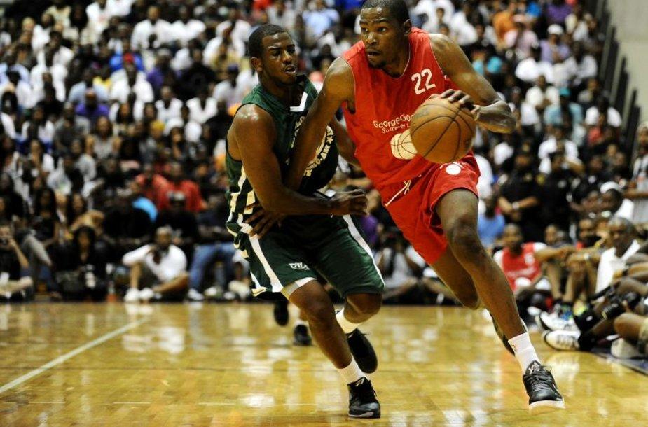 Kevinas Durantas pelnė net 48 taškus