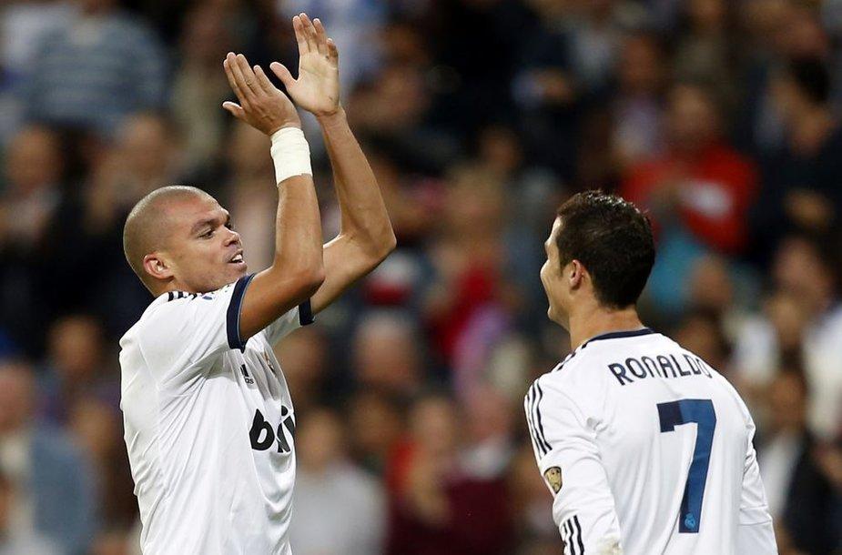 Pepe ir Cristiano Ronaldo