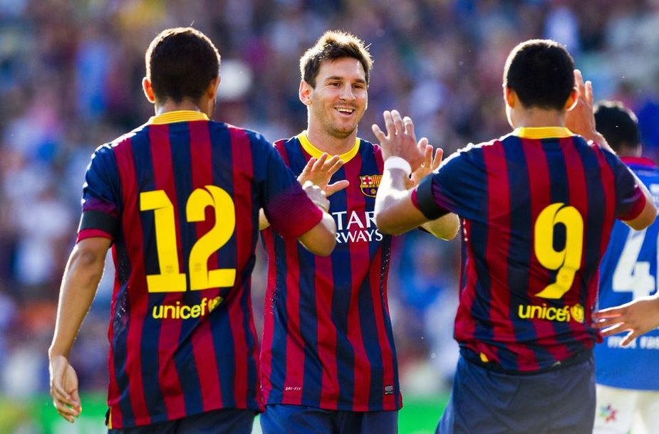 Lionelis Messi, Santosas ir Alexis Sanchezas
