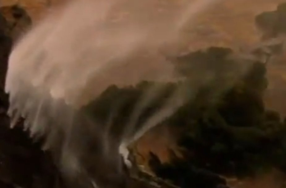 Stiprus vėjas pasiekdavo 120 kilometrų per valandą greitį