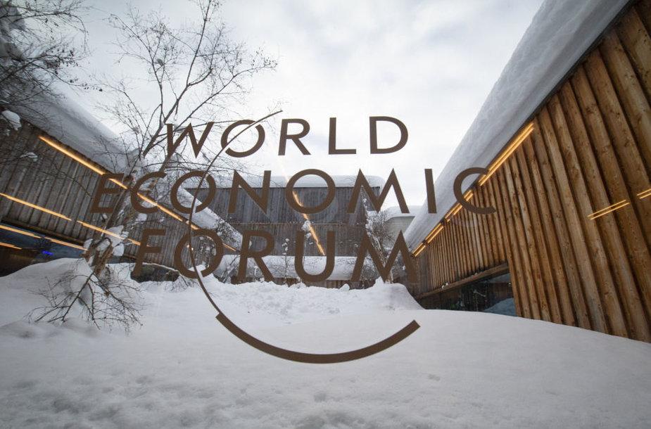 Davoso konomikos forumas