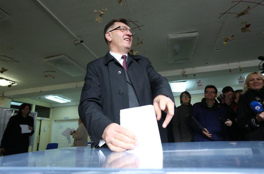 Algirdas Butekevičius balsavo Seimo rinkimuose