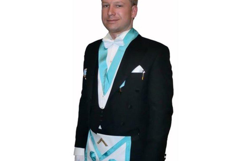 """Andersas Behringas Breivikas internete skelbė savo """"manifestą"""""""