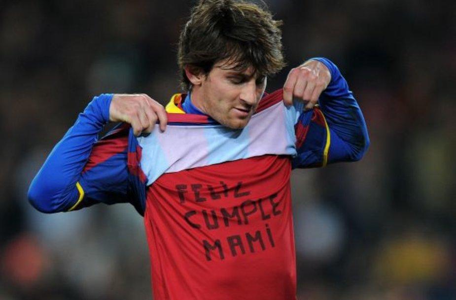 Lionelio Messi sveikinimas mamai
