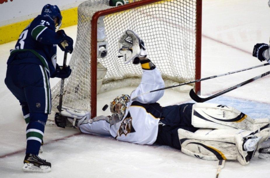"""""""Predators"""" vartininkas Pekka Rinne'as buvo nepramušamas"""