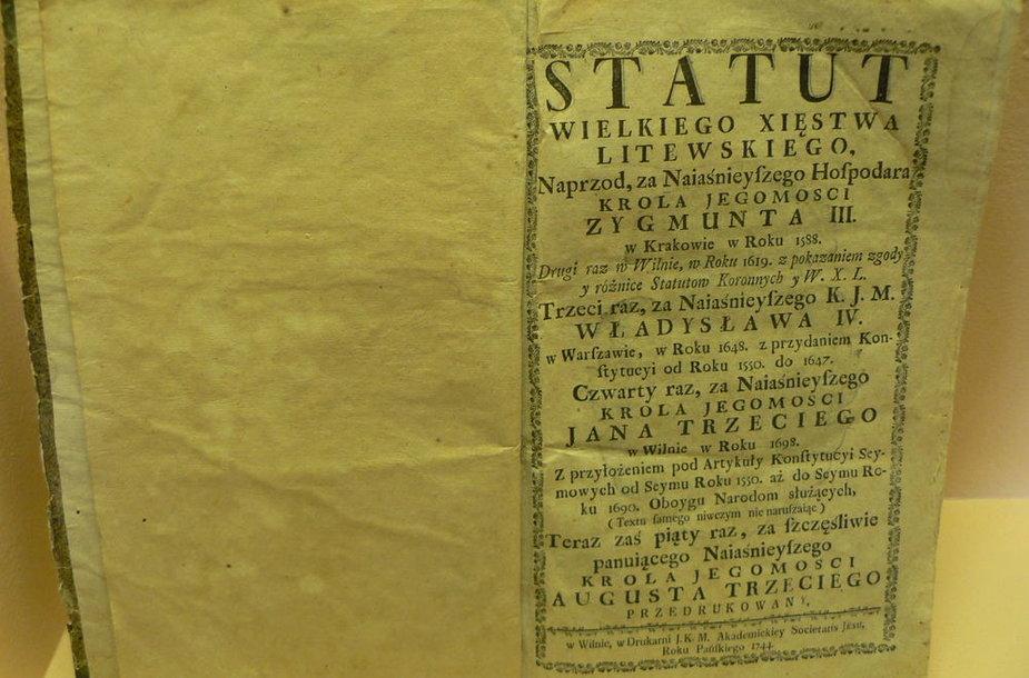 Restauruotas XVII amžiaus Lietuvos statutas