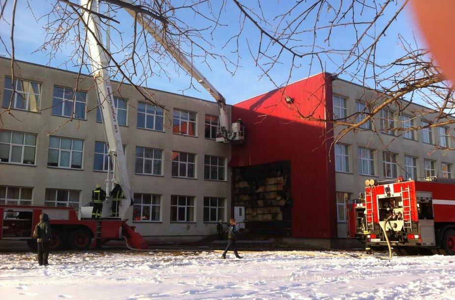 Telšiuose esančioje Džiugo gimnazijoje kilo gaisras