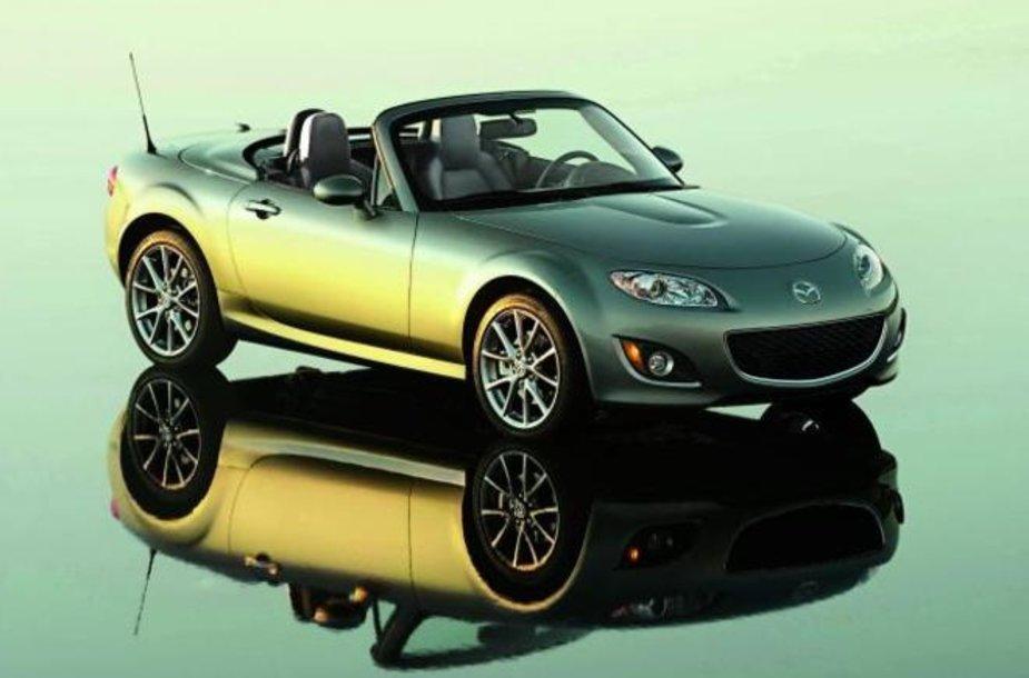 """Viena iš 750 ribotų """"Mazda MX-5"""""""