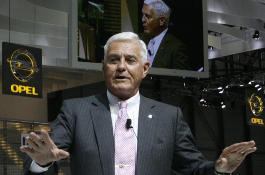 """Bobas Lutzas, """"General Motors"""" valdybos konsultantas"""