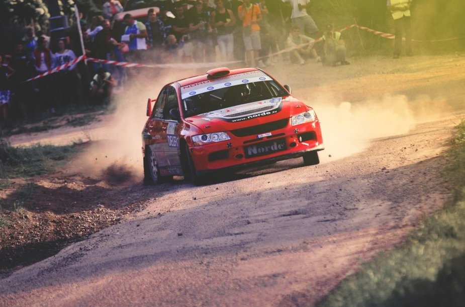 """""""300 lakes rally"""" greičio ruožai mieste"""