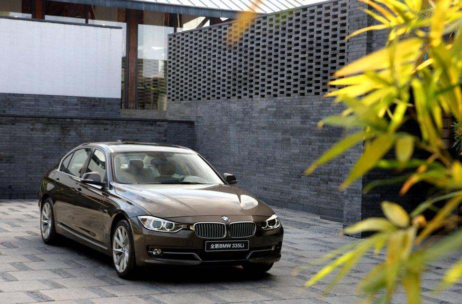 BMW 3 sedanas