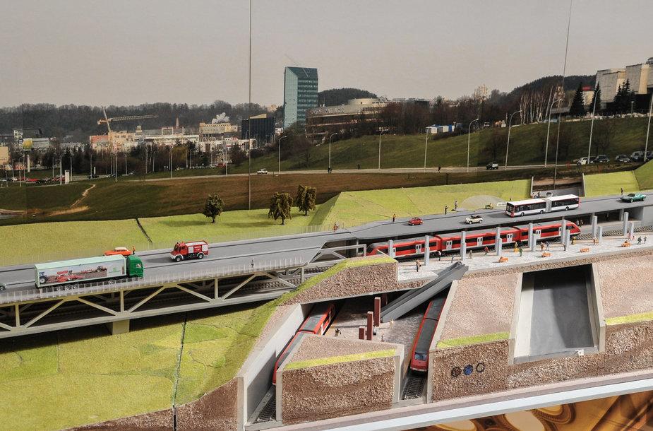 Transporto mazgas Kernavės g. su tiltu per Neries upę. Čia susikerta dvi metro linijos: Pilaitė–Centras ir Pašilaičiai–Geležinkelio stotis–Lazdynai–Pašilaičiai. Vaizdas nuo Baltojo tilto.