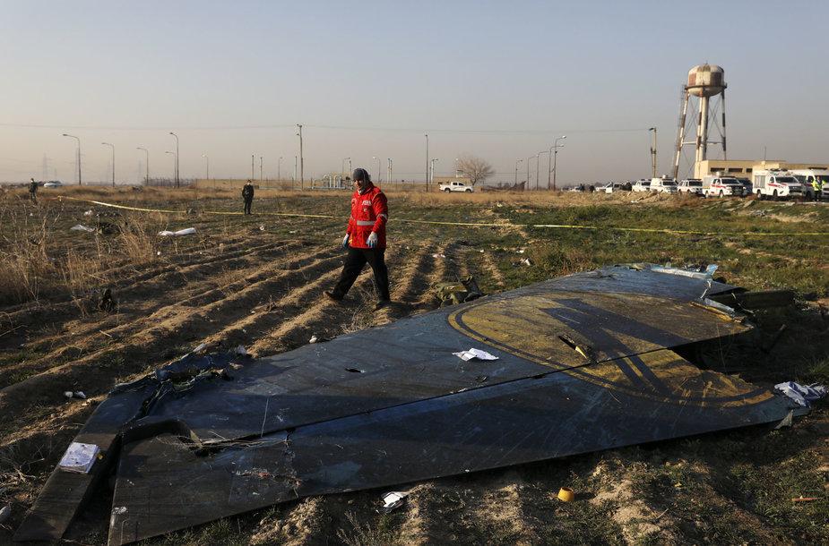 """Irane sudužo Ukrainai priklausantis keleivinis lėktuvas """"Boeing 737"""""""