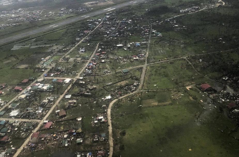 Filipinus nuniokojo galingas taifūnas