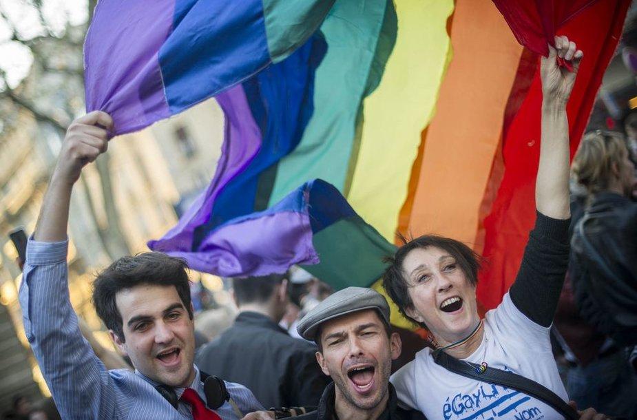 Prancūzijoje homoseksualams leista tuoktis