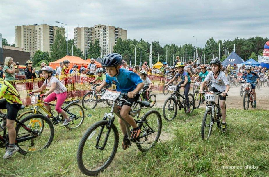 Antrajame Lietuvos dviračių maratonų taurės etape Vilniuje – rekordinis dalyvių skaičius