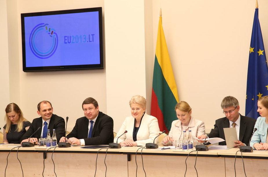 Lietuvos Respublikos Prezidentė Dalia Grybauskaitė susitiko su Nuolatinių atstovų komiteto nariais