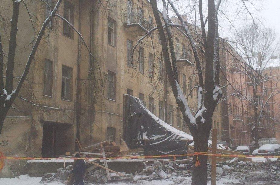 Rekonstrukcijos darbai J.Basanavičiaus g. 15 name.