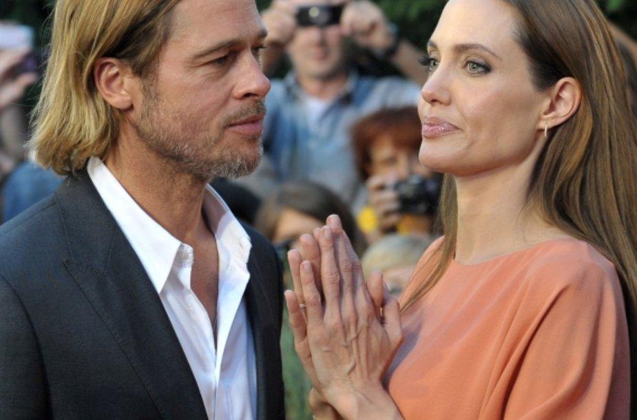 Angelina Jolie ir Bradas Pittas kino festivalyje Sarajeve