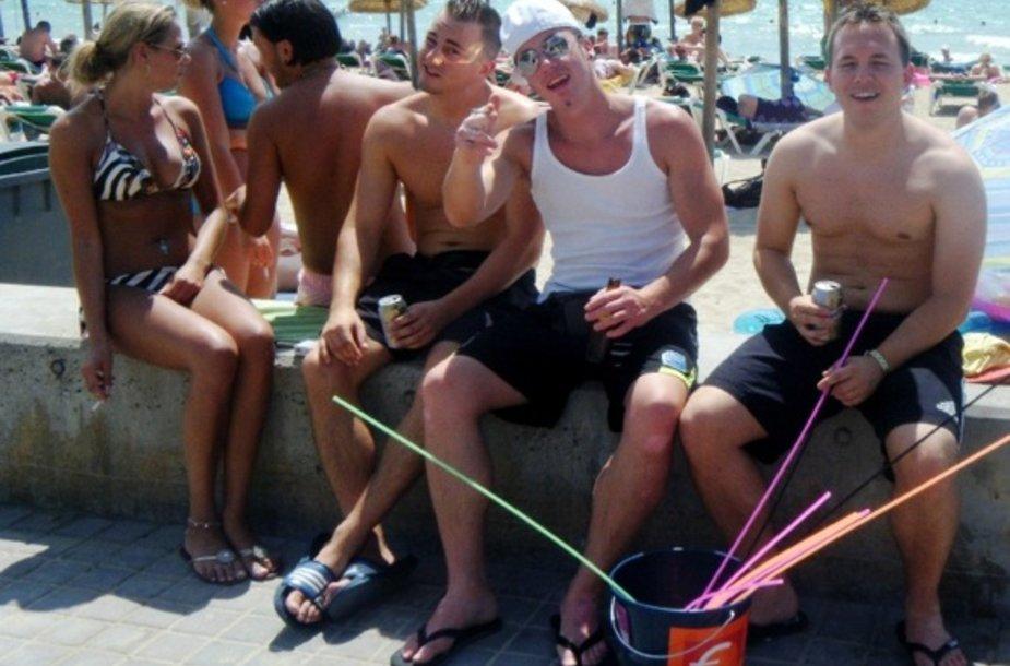 Linksmybės paplūdimyje