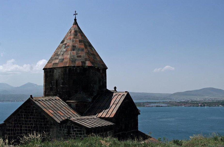 Armėnijos vienuolynai pastatyti neįtikėtinose vietose