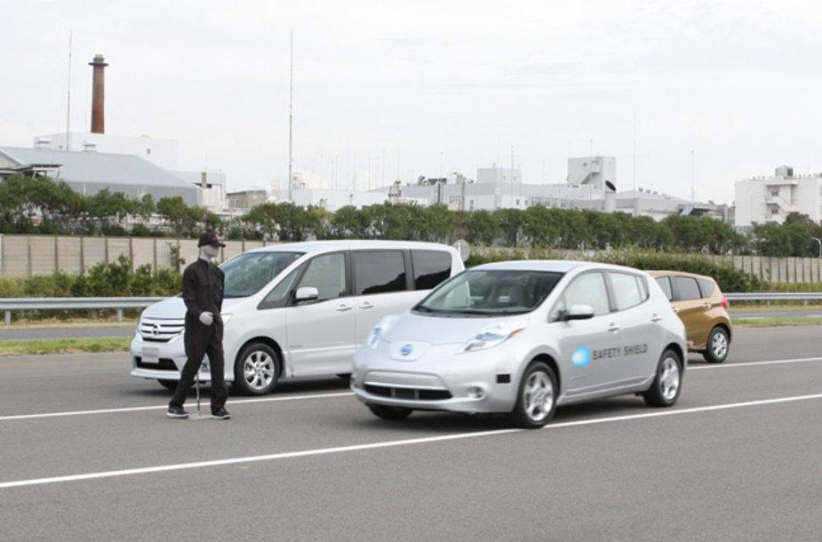 """Autonominis """"Nissan Leaf"""" automobilis"""