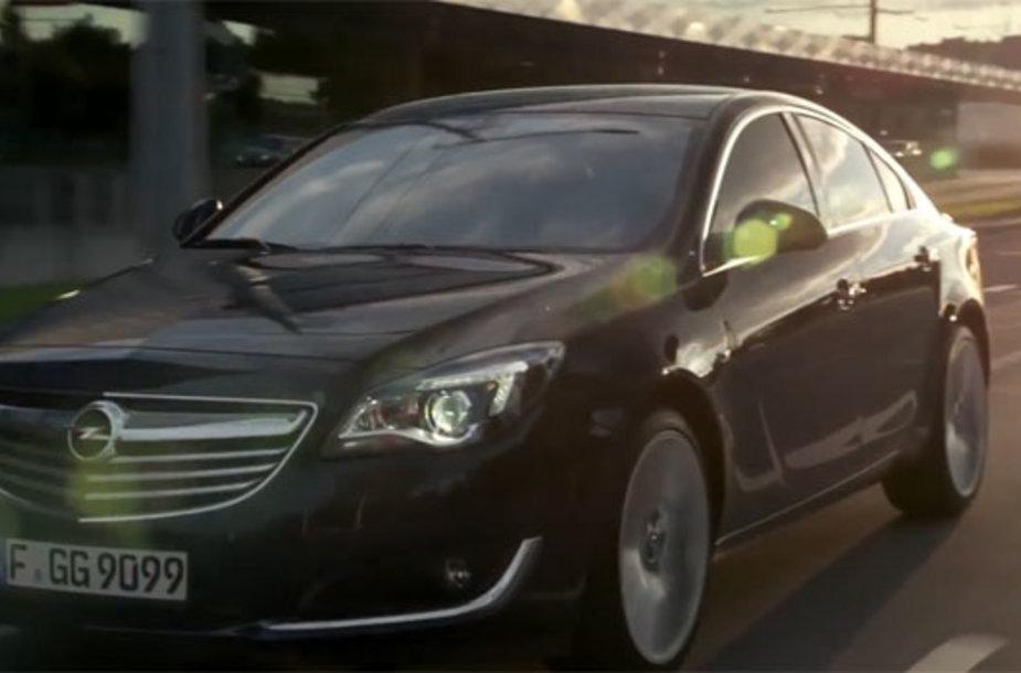 """""""Opel Insignia"""" Viliaus Konstitucijos prospekte"""