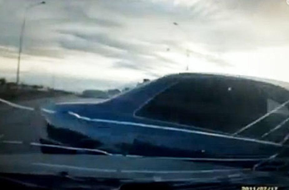 Скриншот в видео