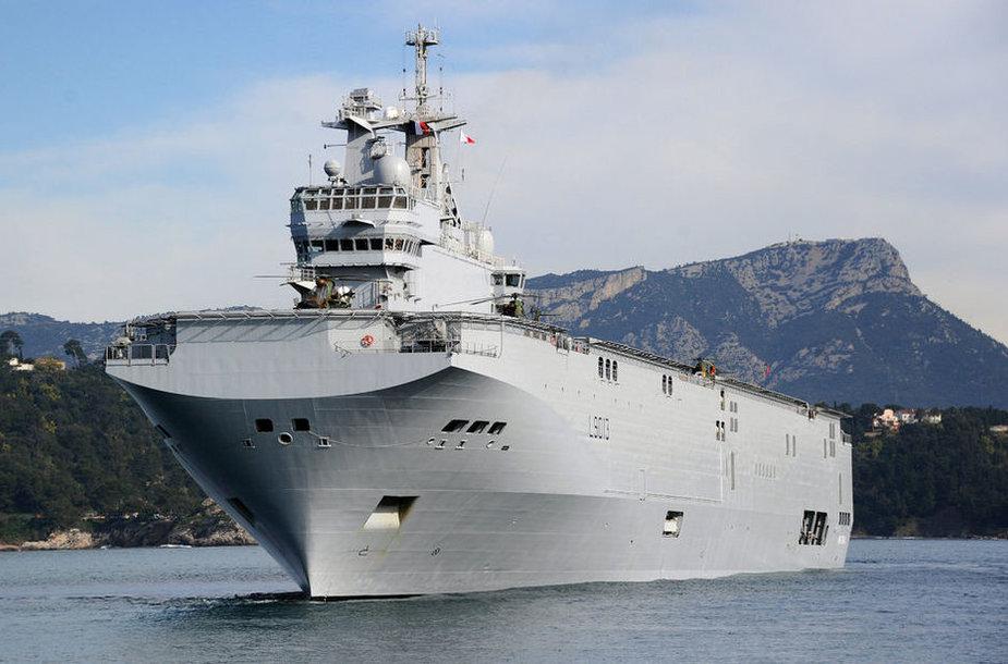 Kopterikandja Mistral Lõuna-Prantsusmaal Touloni lahel.