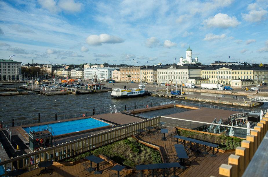 """Helsinkio """"Alass"""" baseinai po atviru dangumi ir  """"4D Flying Theatre"""" turas po miestą"""