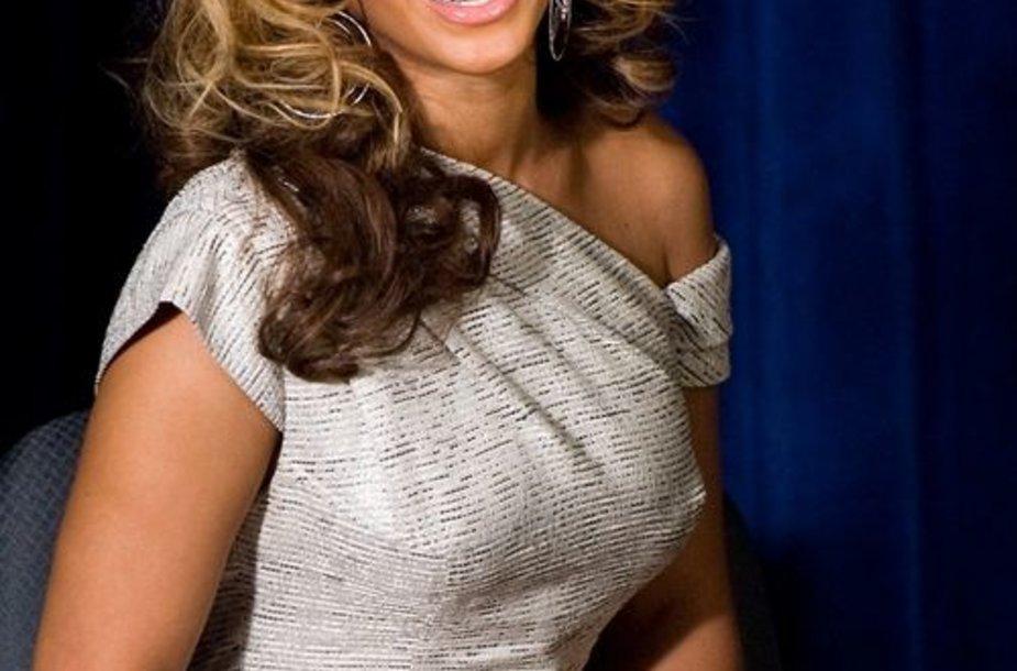 Dainininkė Beyonce Knowles - gražiausia pasaulio moteris