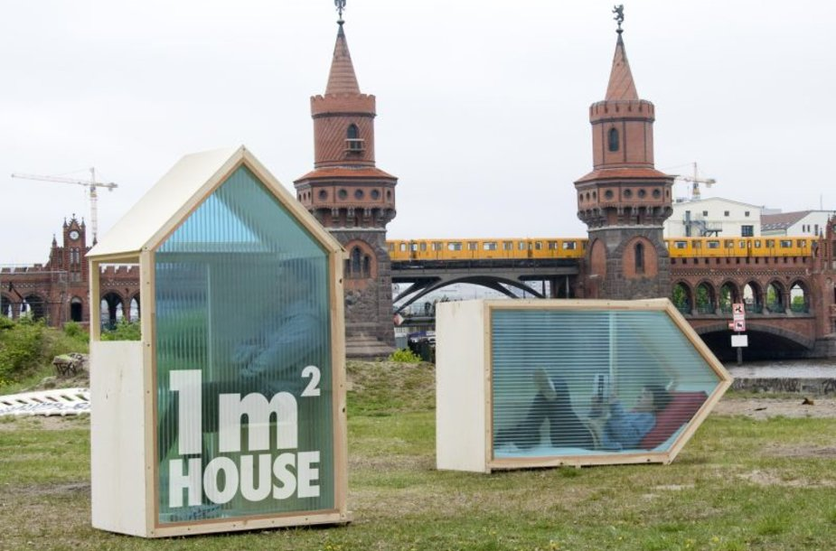 """Vieno kvadratinio metro buveinė """"One-Sqm-House"""""""
