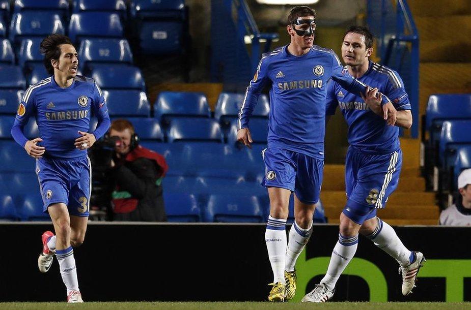 Yossi Benayounas, Fernando Torresas ir Frankas Lampardas