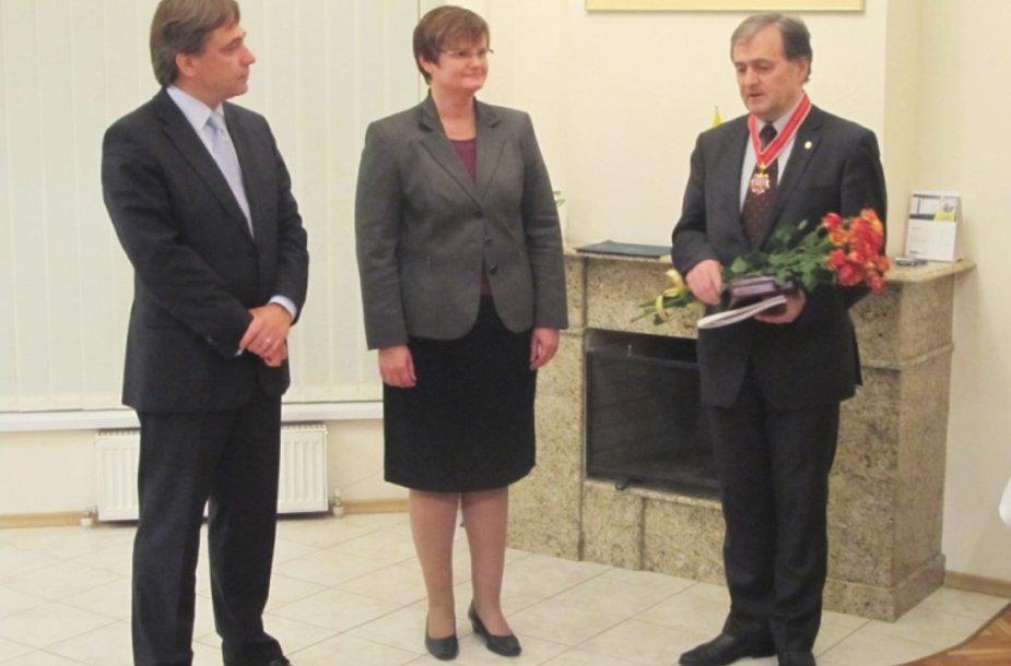 URM Rytų kaimynystės politikos departamento direktorius Edminas Bagdonas, V. Motulaitė ir I. Hadirka.