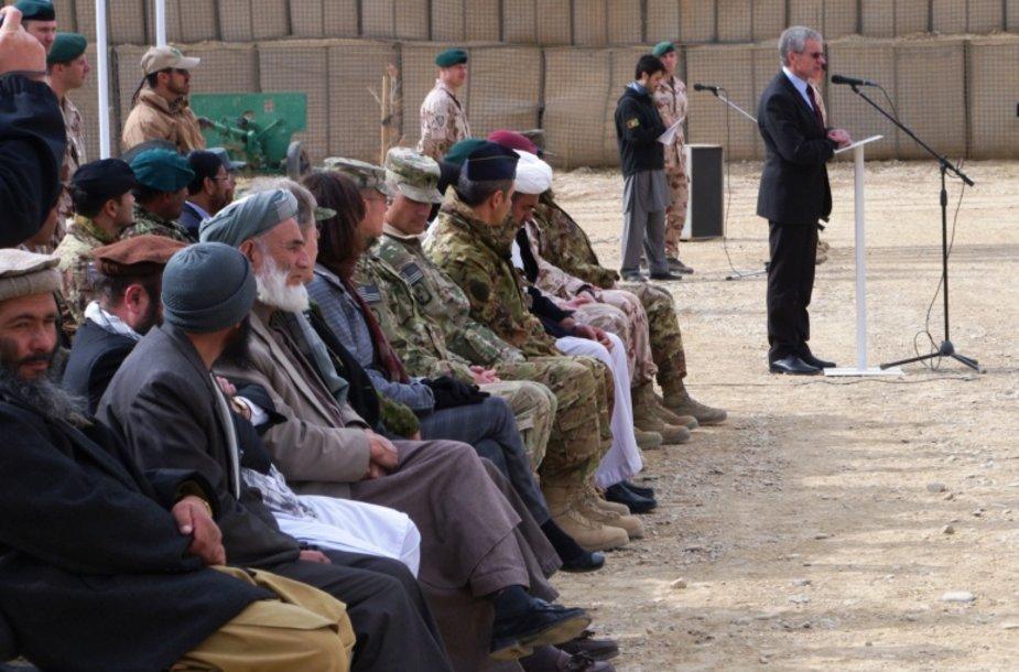 PAG karių pasikeitimo ceremonijoje kalba G. Bagdonas