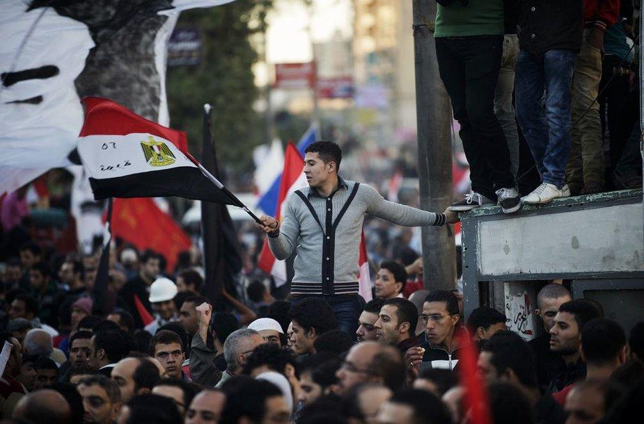 Egipte protestuotojai prasiveržė arčiau prezidentūros