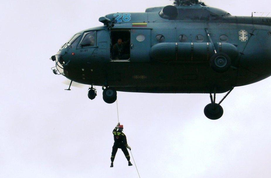 Bendra Lietuvos karių ir ugniagesių gelbėtojų treniruotė