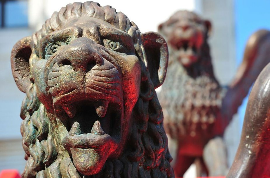Liūtų skulptūros. Asociatyvinė nuotr.