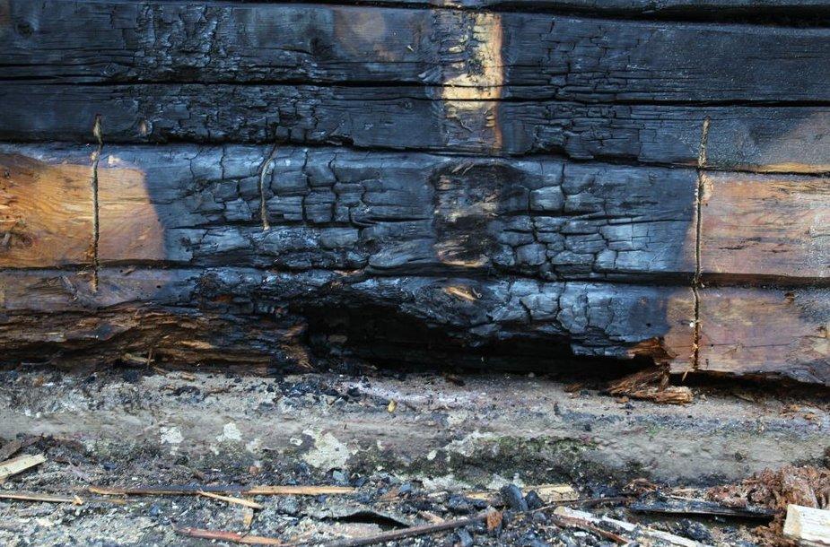 Kulautuvoje degė Švč. Mergelės Marijos Vardo bažnyčia