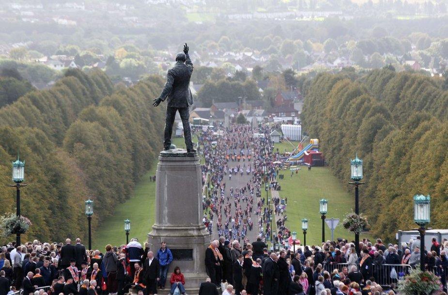 Belfaste – šventiška junionistų eisena