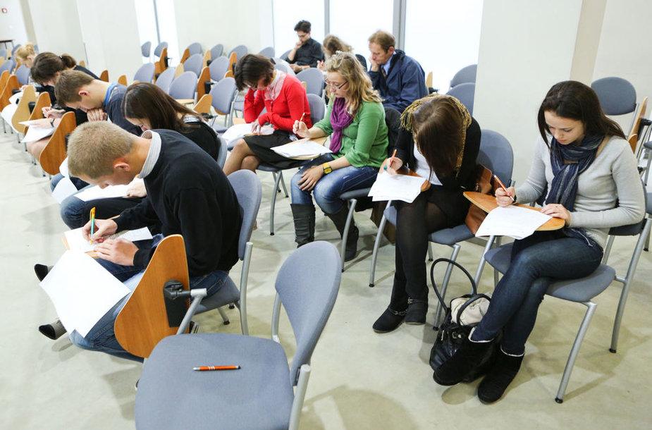 Konstitucijos egzaminas