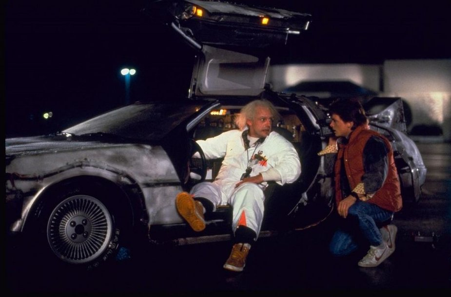 """""""DeLorean"""" automobilis iš kino filmo """"Atgal į ateitį"""""""
