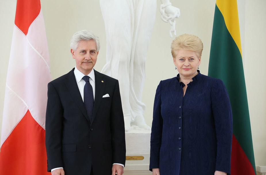 Prezidentė Dalia Grybauskaitė su Šveicarijos ambasadoriumi Markusu Dutly