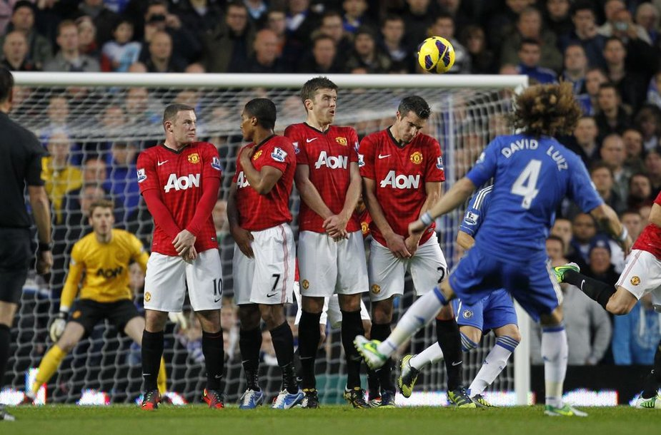 """Manchester United"" futbolinikai palaužė ""Chelsea"" atstovus"