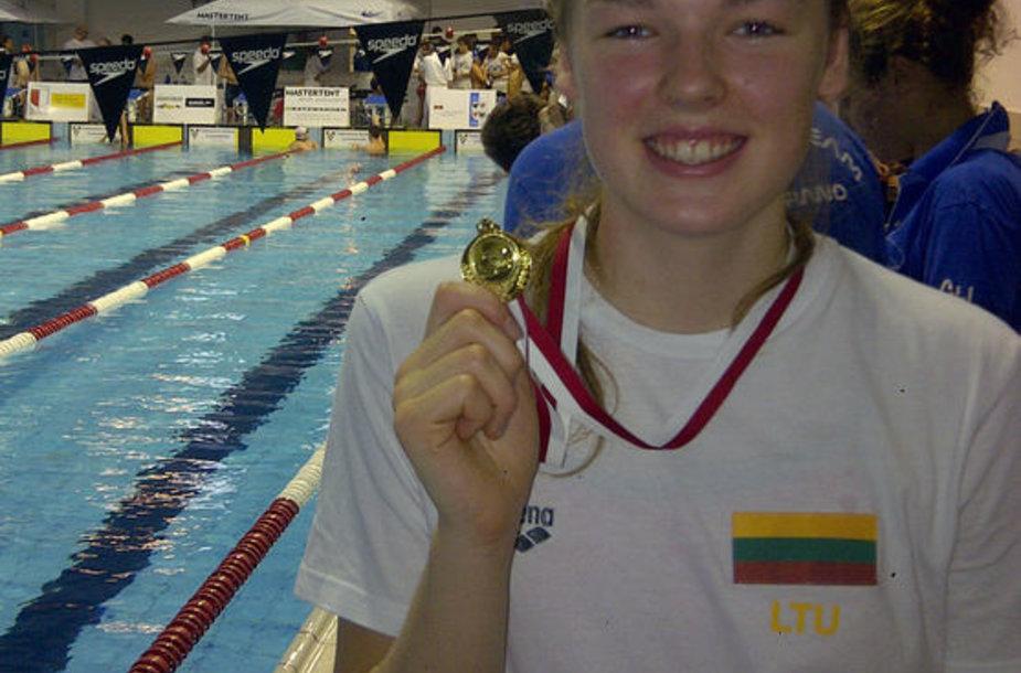 Ugnė Mažutaitytė Italijos Bolzabo mieste pagerino šalies 17-mečių plaukimo rekordą.
