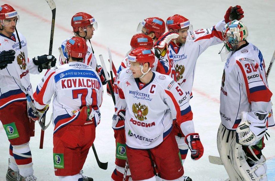 Rusijos rinktinė laimėjo antrąjį ledo ritulio komandų Euroturo varžybų turnyrą
